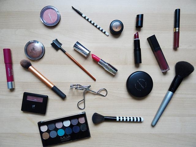 istilah kosmetik